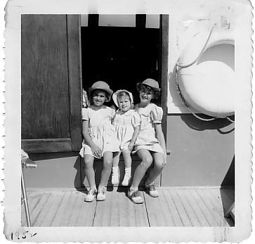 3sisters1952